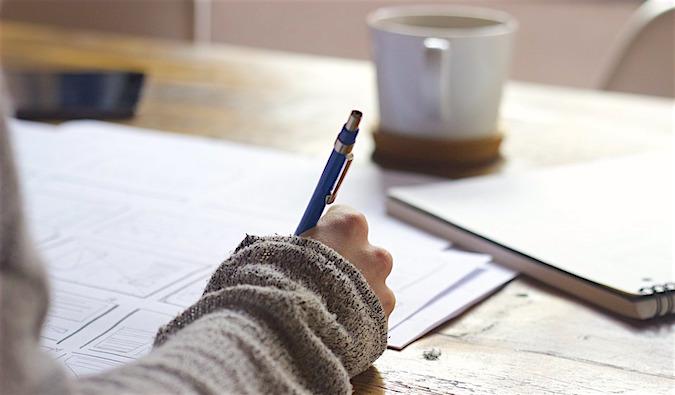 این مطلب بخش دوم از راهکارهایی برای Writing است که ما سعی میکنیم شما را برای امتحان آیلتس و به خصوص بخش writing آن آماده کنیم